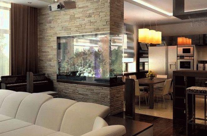Аквариум в интерьере гостиной кухни