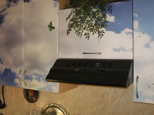 Как оклеить кухонный гарнитур пленкой своими руками или как бюджетно обновить кухню