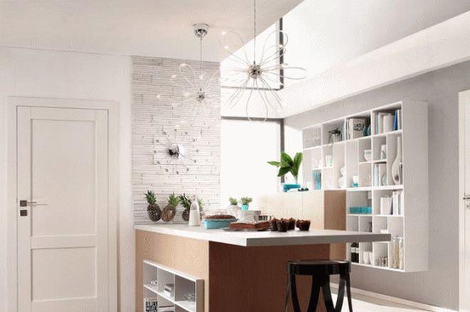 Шпонированные двери в кухне