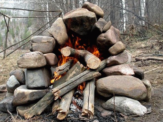 печь из камней и дров