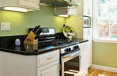 дизайн интерьер маленькой кухни 47