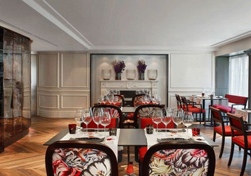Мебель в ресторане отеля