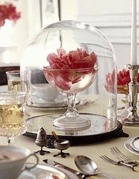 украшение стола композициями из цветов 06