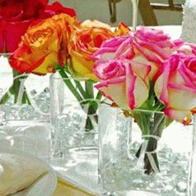 украшение стола композициями из цветов 14