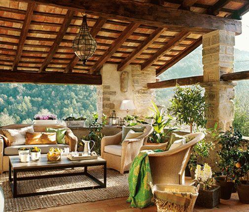 Уютный дом в Испании