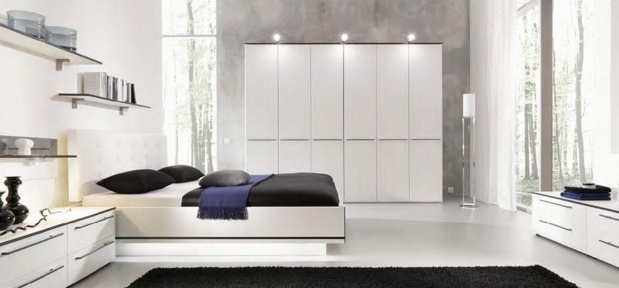 Мебель в спальню в белом цвете