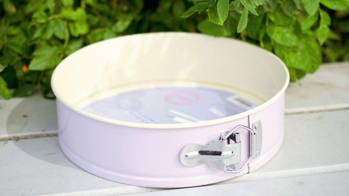 Фиолетовая разъемная форма