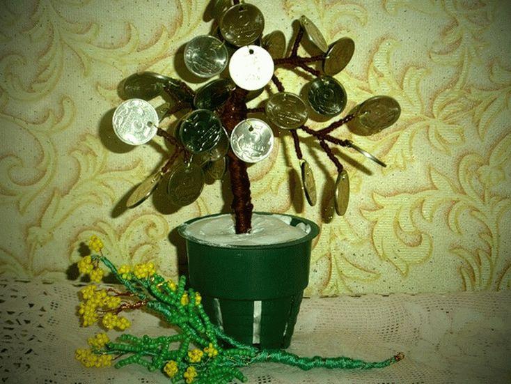 Денежное дерево - самая популярная поделка из монет