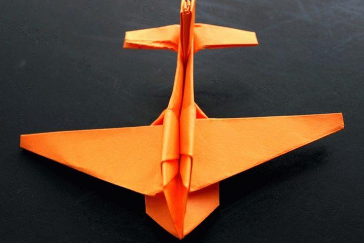 samolet_origami