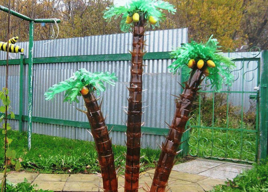 Для устойчивости и крепости пальмы выбирают прут из метала за основу