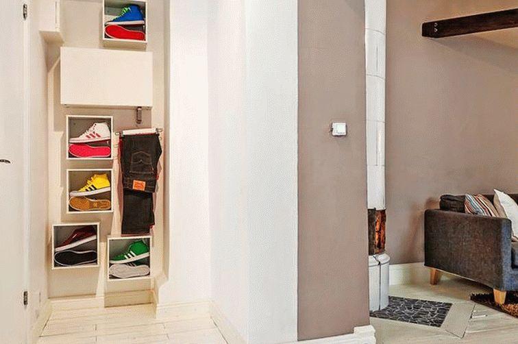 Следует позаботиться о том, чтобы прихожая включала в себя всю необходимую мебель