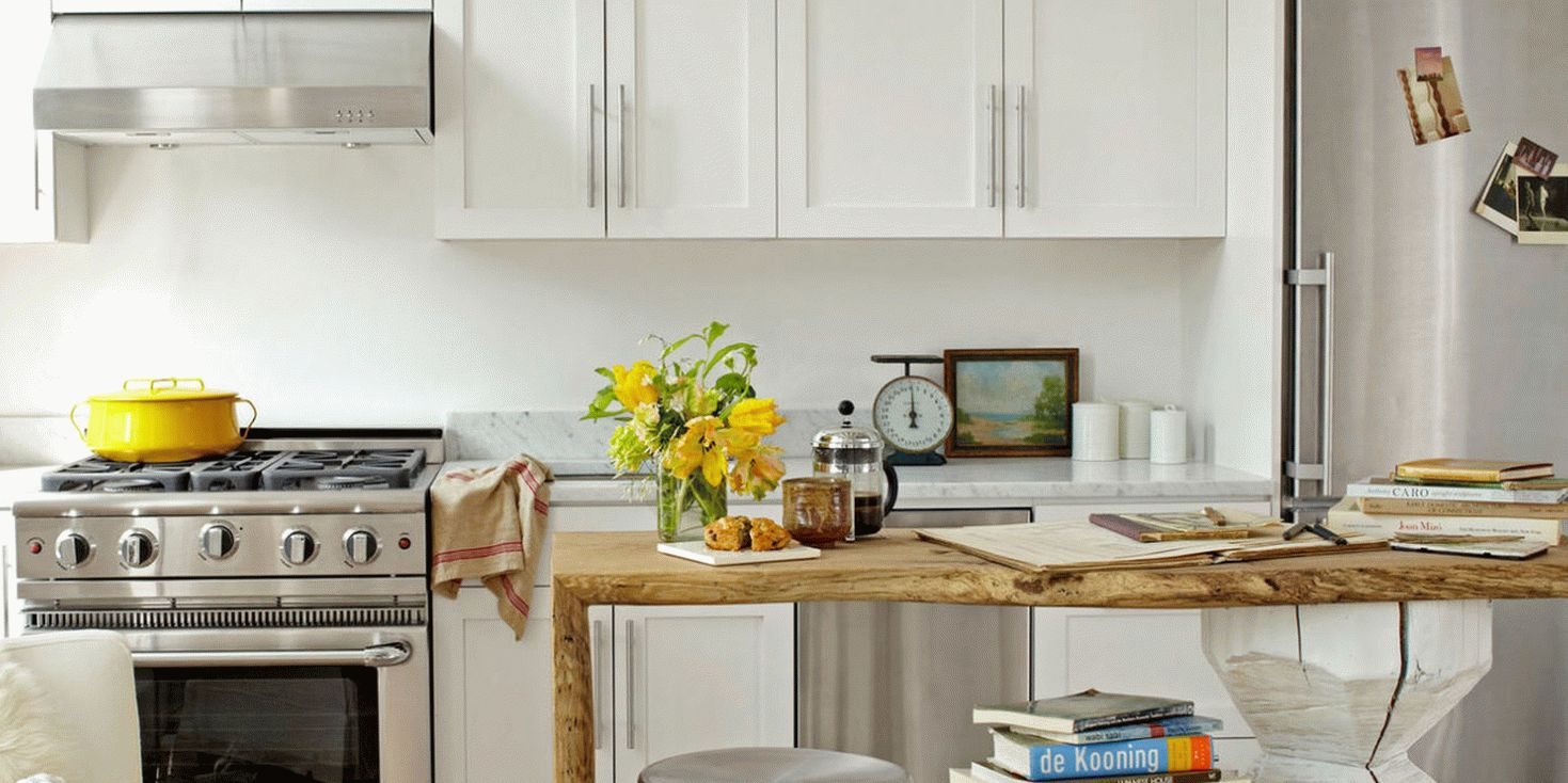 Для маленьких помещения стены и мебель лучше выбирать светлых цветов