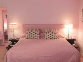 various-soft-pink-bedroom-interior-design-ideas-for-girls-with-polka-dot-pillow-case-pink-bedroom-1024x768