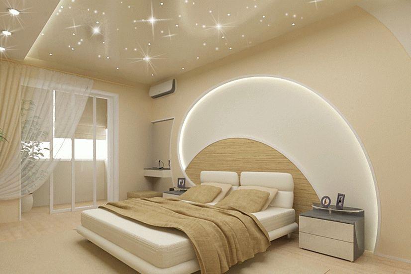 Красивый натяжной потолок интерьере спальни