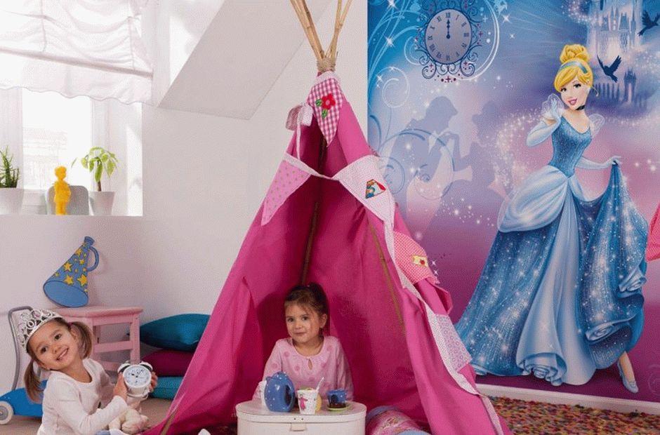 Фотообои в детской для двух детей